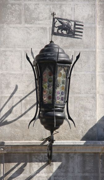 Lantern detail on the Excelsior Hotel
