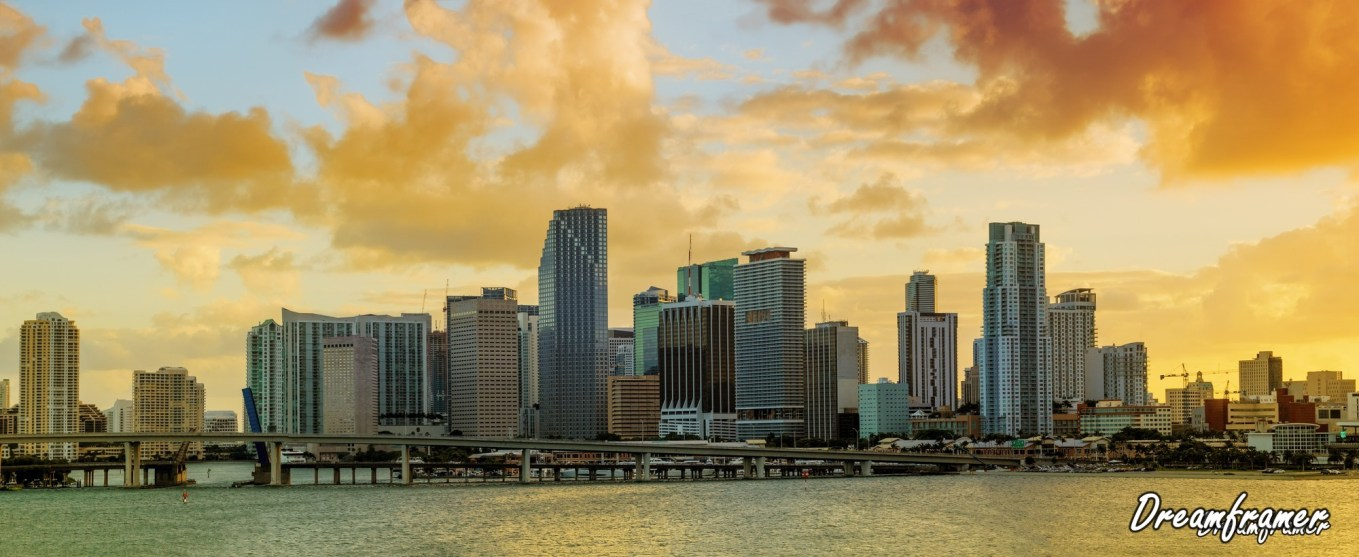 Panorama of Downtown Miami, FloridaMiami Panorama - ©Dreamframer