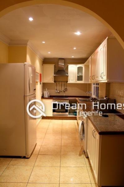 Villa de Ajabo, Callao Salvaje Kitchen Real Estate Dream Homes Tenerife