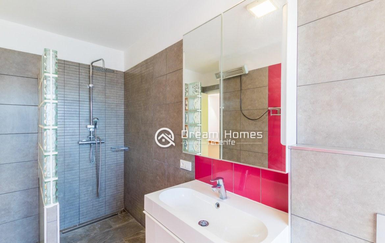 Casablanca Two Bedroom Apartment, Los Gigantes Bathroom Real Estate Dream Homes Tenerife