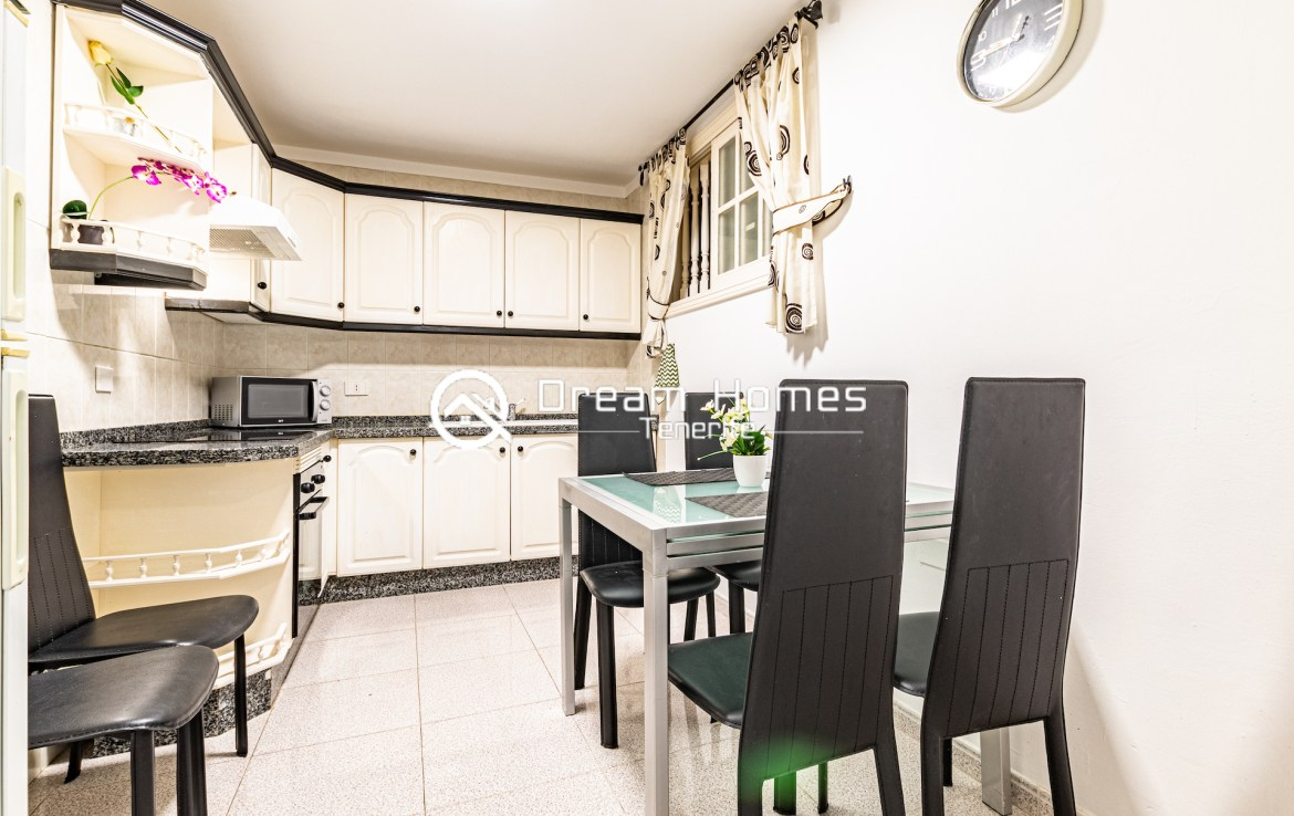 2 Bedroom Apartment in for rent in Colonial Park Dining Area Real Estate Dream Homes Tenerife