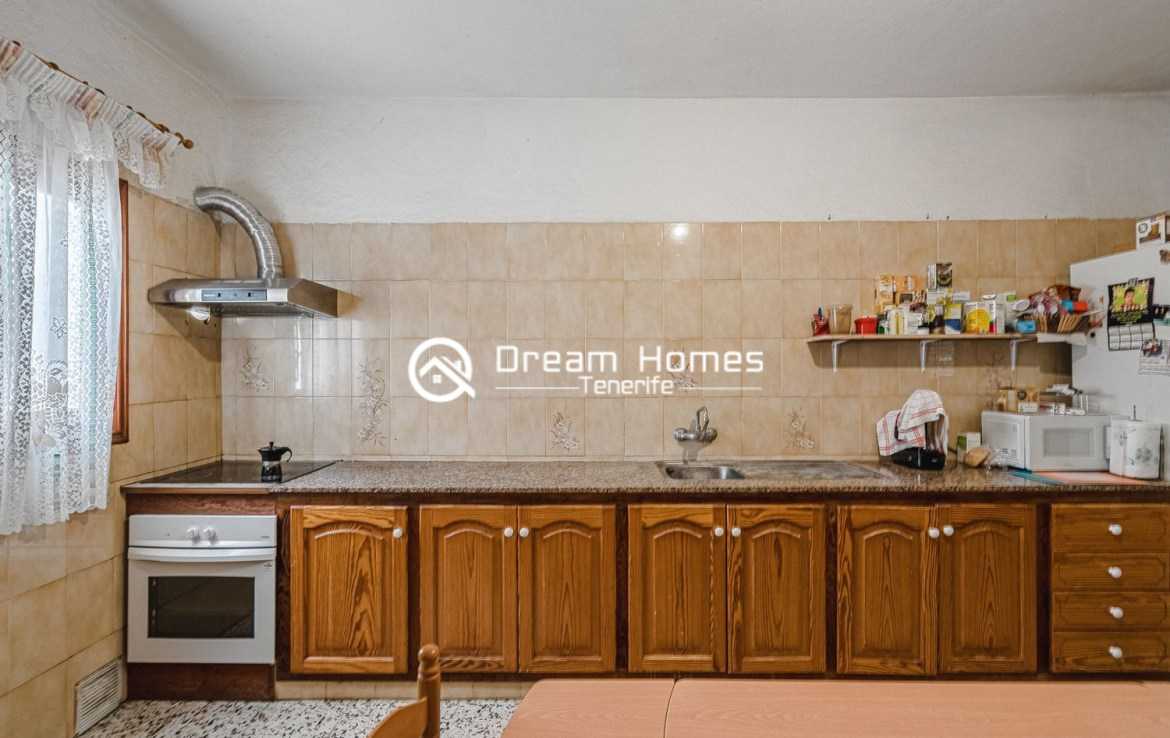 Family home in Cabo Blanco Kitchen Real Estate Dream Homes Tenerife