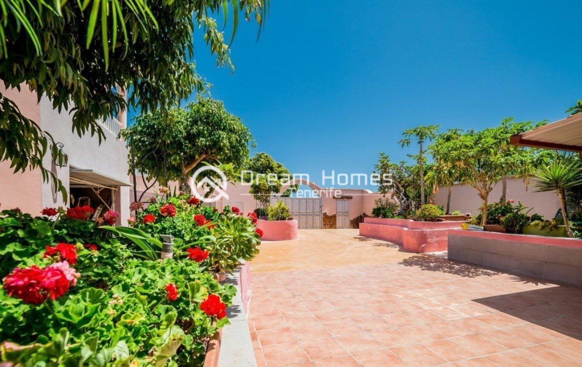 Large Family Home in Playa Paraiso Green Area Real Estate Dream Homes Tenerife
