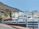 Luxury Boutique Style 3 Bedroom Villa in Los Gigantes Pool Terrace (22)