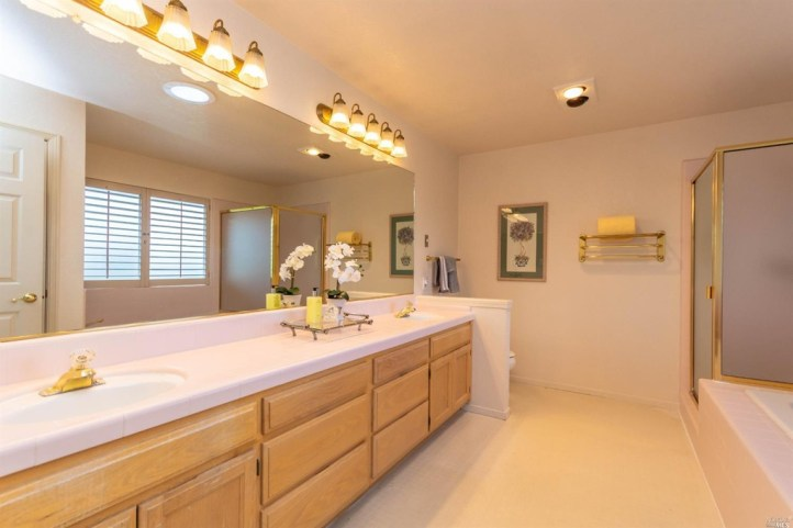 Trail Ridge Master Bath
