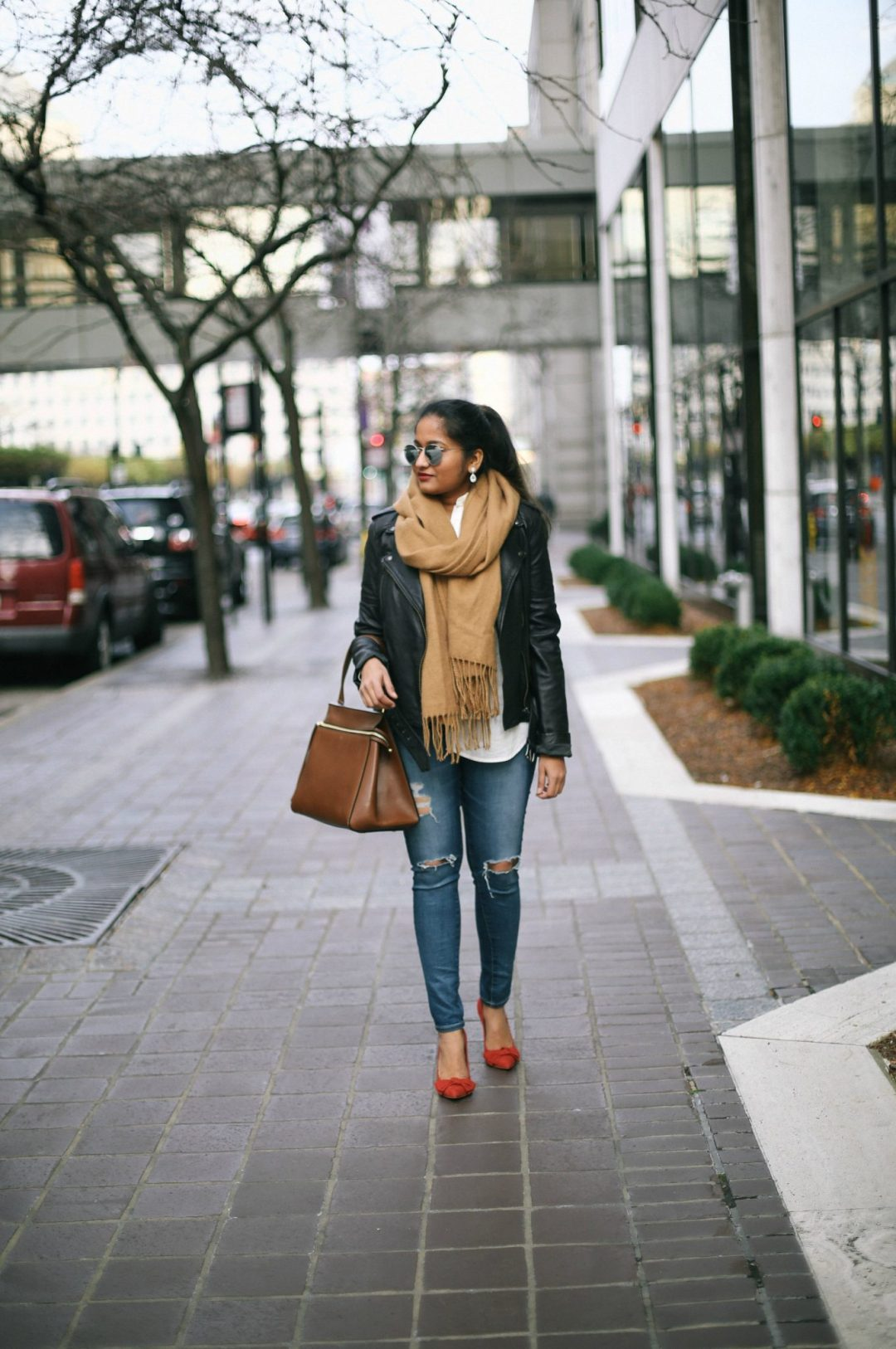 chic-ways-to-wear-a-leather-jacket