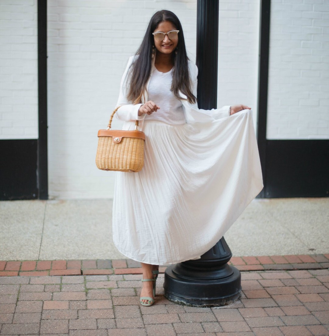 summer-white-on-white-outfit