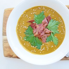 Slow-Cooked Green Peas and Ham, from Simplicious