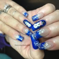 Blue Snowflakes Nails - Nail Ftempo