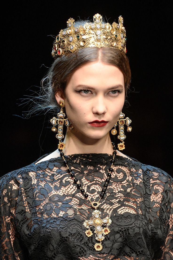 Dolce and Gabbana Dupes I Ornate Cross Jewelry at Affordable Prices #DolceGabbana #DesignerDupes