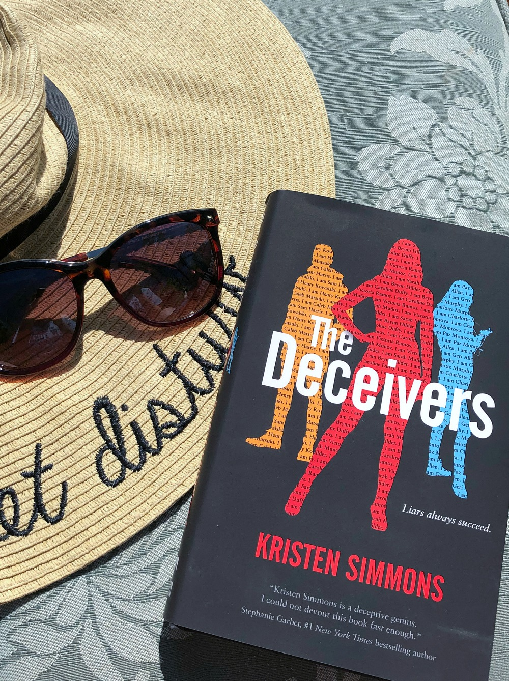 May Book and Film Favorites I Young Adult Fiction 'The Deceivers' by Kristen Simmons #SummerReading #YA #Fiction