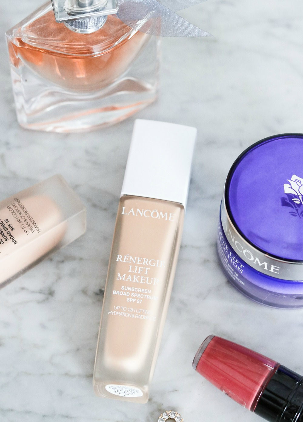 Lancome Renergie Lift Foundation Review I DreaminLace.com