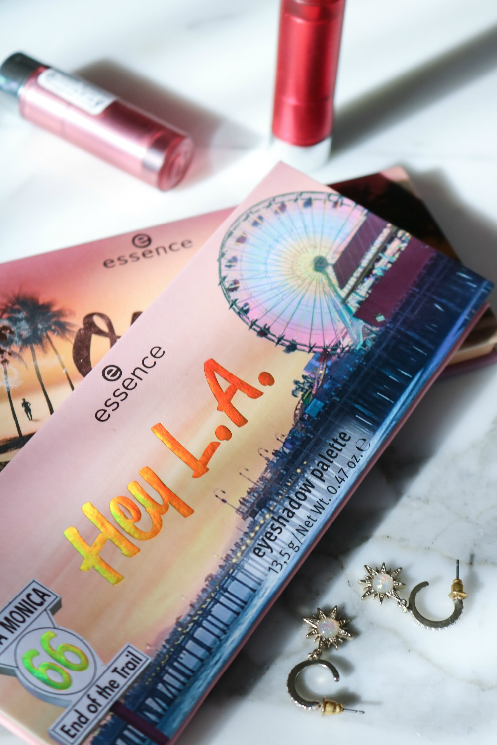 Essence Hey LA Eyeshadow Palette Review I DreaminLace.com