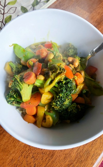 Easy and Fast Vegetable Cashew Stir-Fry Recipe for Weeknights