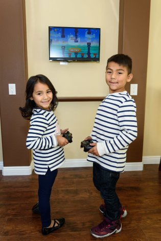kids-dentist-bellflower