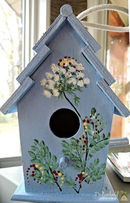 Painting Your Wooden Bird Houses