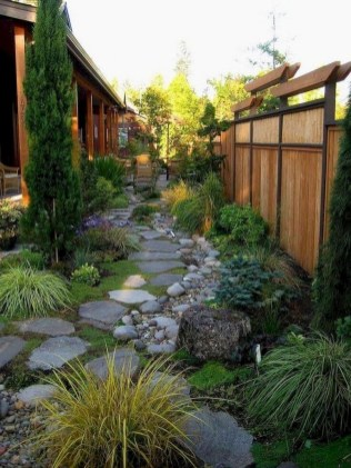 57 Impressive Front Garden Design Ideas To Try In Your Home 21