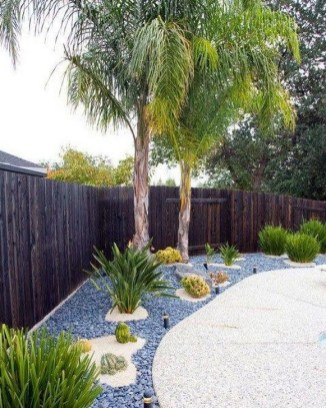 57 Impressive Front Garden Design Ideas To Try In Your Home 37