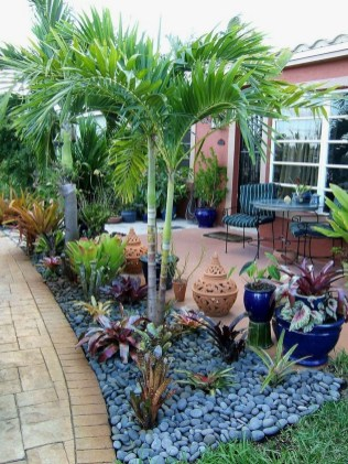 57 Impressive Front Garden Design Ideas To Try In Your Home 9