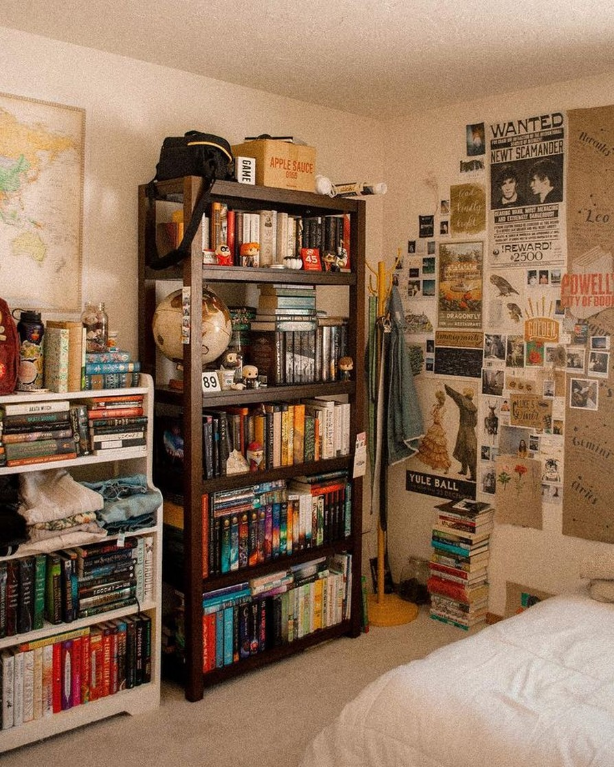 61 Stylish Ways To Display Bookshelves With A Lot Of Books Posh Pennies 52