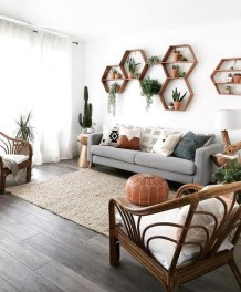 71 Inspiring Living Room Wall Decoration Ideas You Can Try 36