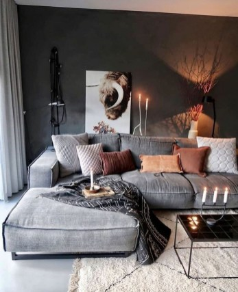 71 Inspiring Living Room Wall Decoration Ideas You Can Try 38