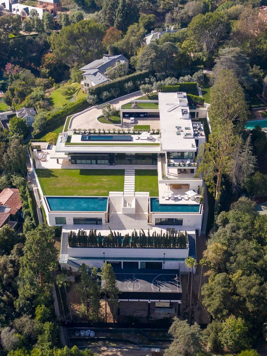 35 One Of Most Expensive Homes In The US Going Up For Auction 30