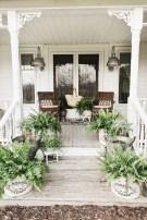 38 Farmhouse Style Front Porch Ideas 14