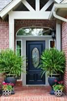 38 Farmhouse Style Front Porch Ideas 37