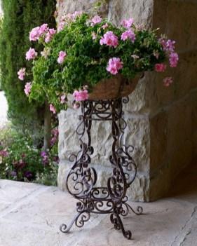 38 Farmhouse Style Front Porch Ideas 5