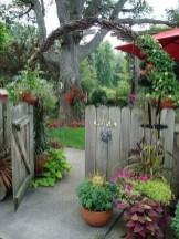 39 Inspired Garden Gates For A Beautiful Backyard 10