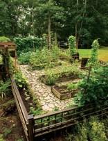 39 Inspired Garden Gates For A Beautiful Backyard 36