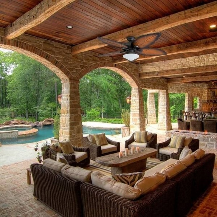 40 Fascinating Pool House Ideas 26