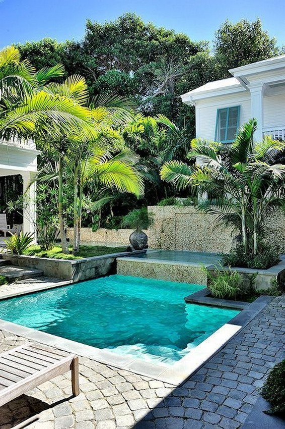 40 Fascinating Pool House Ideas 34