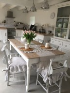 41 Rustic Dining Rooms That Will Make Your Farmhouse Shine 35