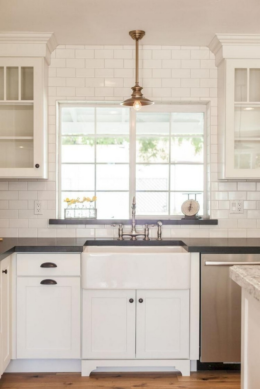 74 Things A Farmhouse Kitchen Sink Can Do For You Home Decor 68