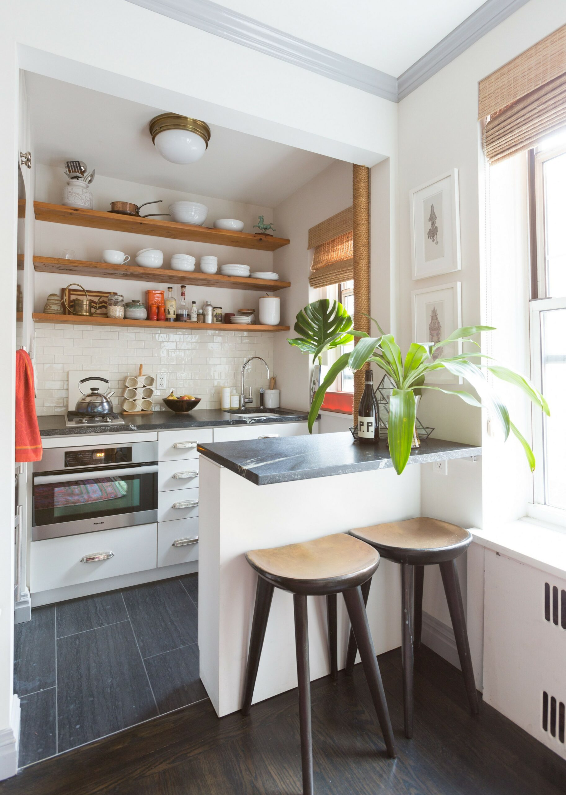 86 Some Small Kitchen Ideas To Help You Do Up Your Kitchen 60