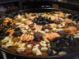 Paela and seafood...yang ramai pengunjung