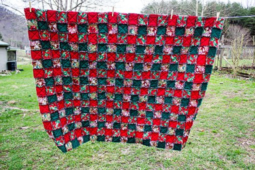 Christmas-quilt-1