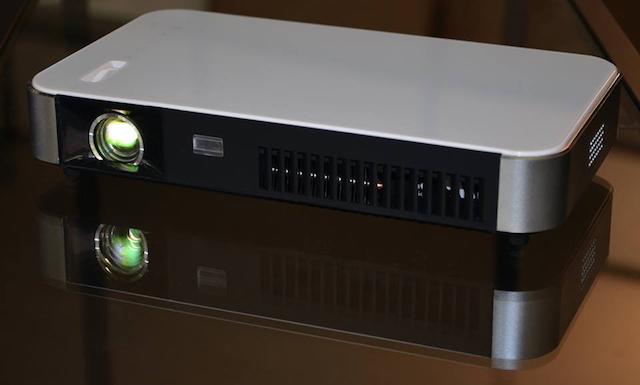 > Dreamy Geek II Smart HD Projector