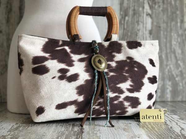 Atenti Divina Handbag, Dream Weaver Yarns LLC