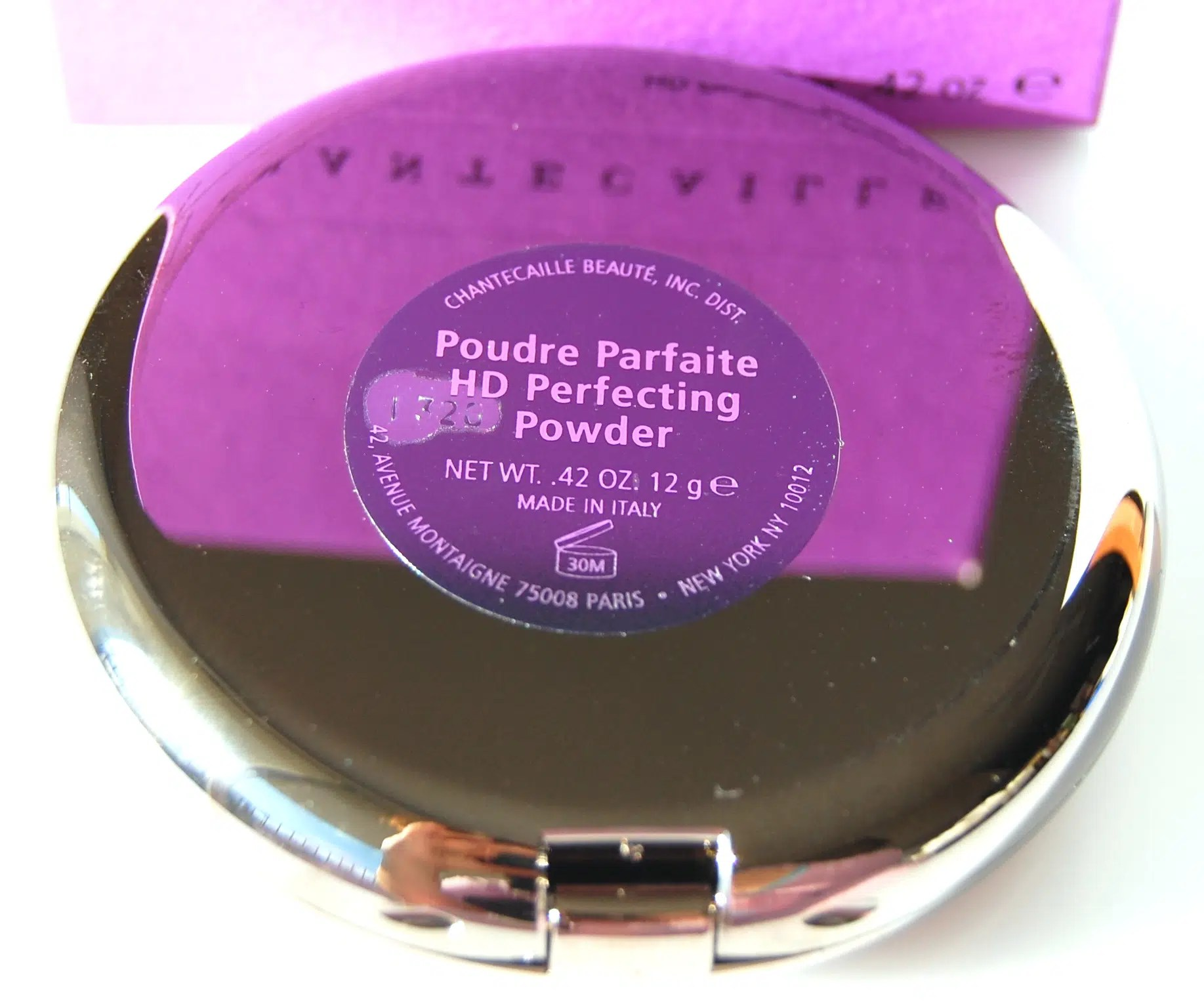 High Definition Perfecting Powder by chantecaille #21