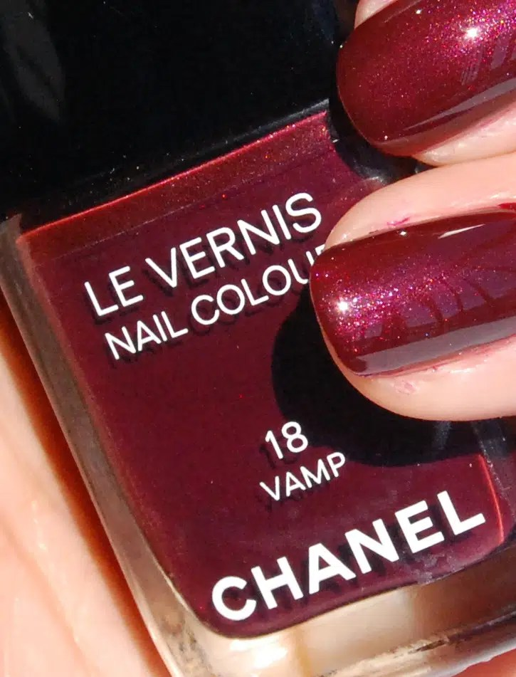 Chanel Le Vernis #18 Vamp: Review, Swatches, Photos – CHICSCIENCE