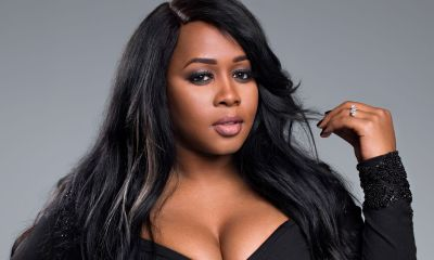 Remy Ma Shows Off Pregnancy Loose Skin & Stretchmarks On The Red Carpet