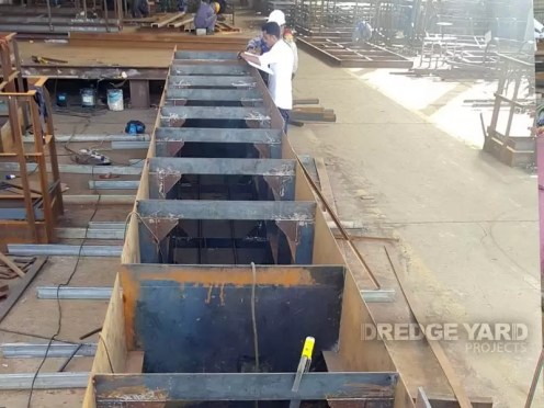 ECO200 pontoon welding