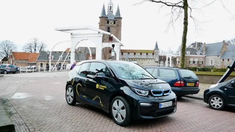 BMW i3 Ladesäulenchaos