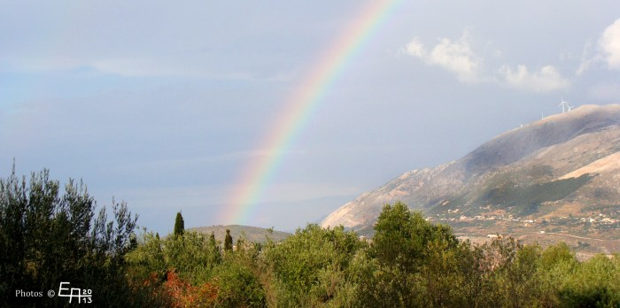 looking down from Kouvalata we found this beautiful rainbow
