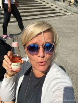 Einmal Berlin zum mitnehmen bitte Rotkaeppchen Fruchtsecco Sommertour-210