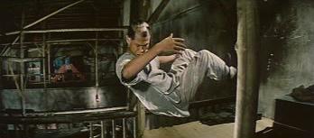 11 Lau Chau San en suspension