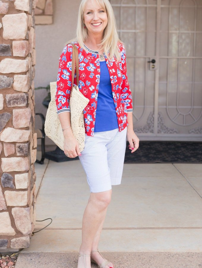 Blue and tomato red shorts outfit
